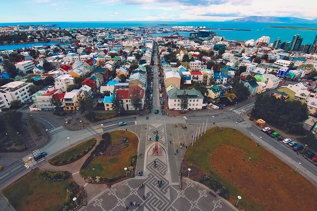 Benessere, efficienza urbana e nuove tecnologie: la crescita sostenibile di Reykjavík