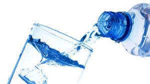Acqua: Bere in abbondanza per una dieta sana