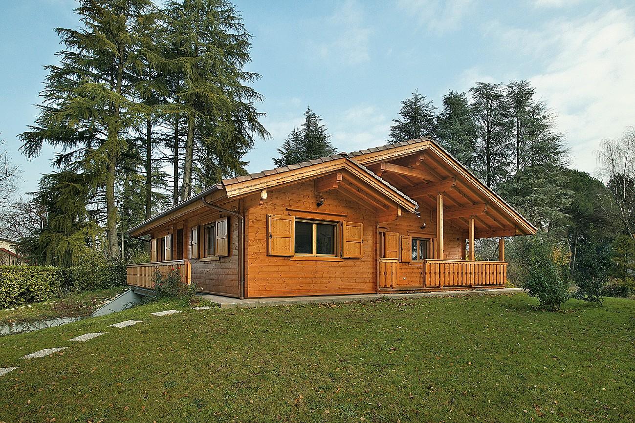 Case in legno prefabbricate prezzi e vantaggi for Foto di case
