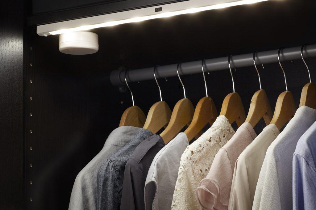 come illuminare una cabina armadio