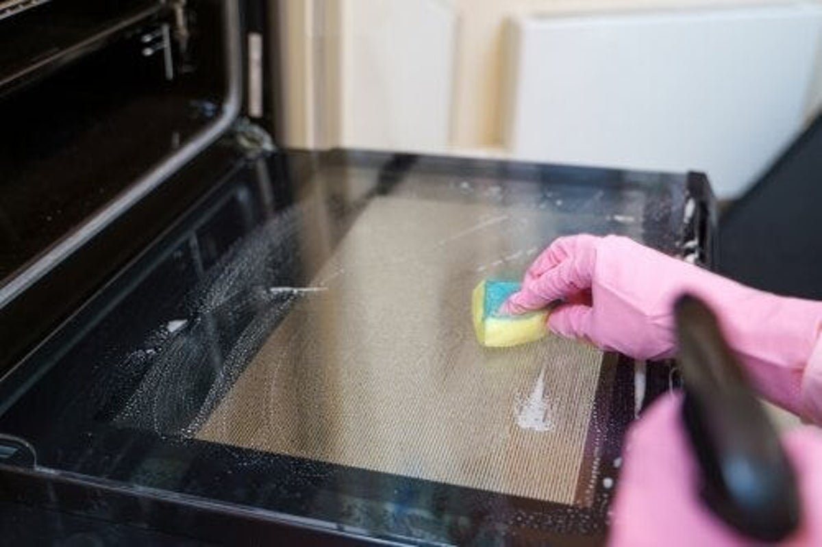 Come pulire correttamente il forno