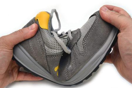 Scarpe antinfortunistiche per elettricisti: Guida all'acquisto