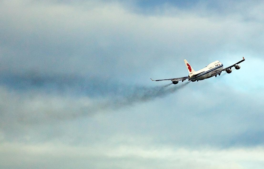 Quanto inquina il volo che ti porterà in vacanza?